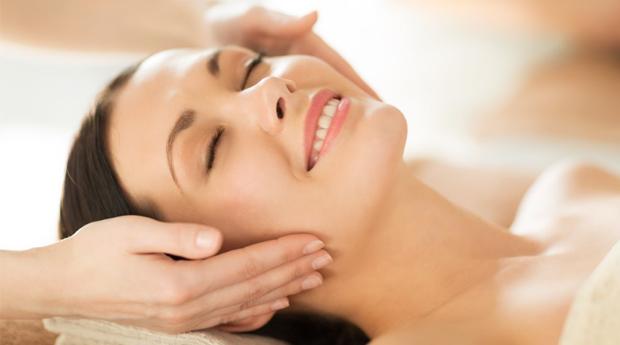 Mães Relaxadas! Massagem Ayurvédica ou Shiatsu com Banho Turco e Spa Facial em Rio Tinto!