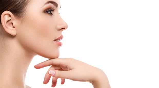 Dia da Mãe! Limpeza Facial com Peeling Ultrassónico e Máscara de Ouro com Massagem Finalizante em Queluz!