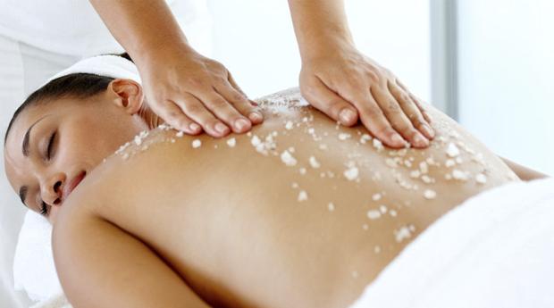 Massagem de Relaxamento com Esfoliação Corporal em Matosinhos!