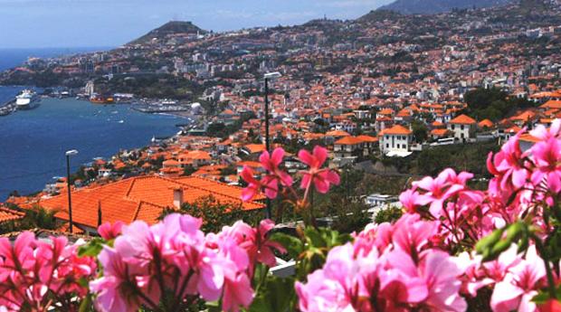 Super Promoção Madeira -  4 Noites com Meia Pensão e Voos Incluídos em Hotel 4*!