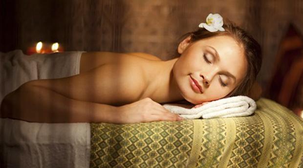45 Minutos Relaxantes! Massagem de Relaxamento às Costas na Charneca da Caparica!