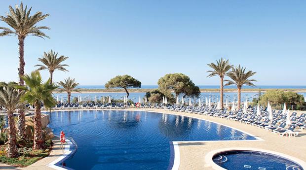 Sul de Espanha no Hotel Garden Playanatural 4* -  6 Noites com Tudo Incluído Só para Adultos!