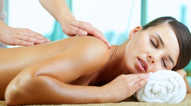 Relax Perfeito com 3 Massagens de Relaxamento em Queluz!