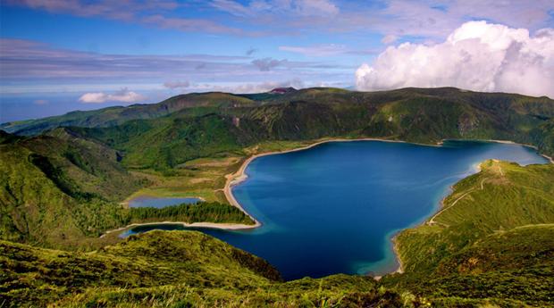 Visita os Açores (3 dias): Hotel 4* + Voos = 199€ por pessoa