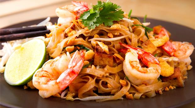 Viagem até à Tailândia! Menu Asiático para 2 ou 4 Pessoas no Restaurante Ásia Bamboo!
