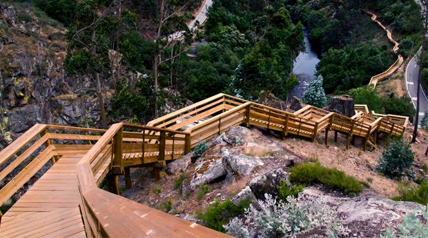 Caminhada na Natureza Pura, Passadiços do Paiva -  1 ou 2 Noites com Jantar no Hotel Rural Casa de S.Pedro!