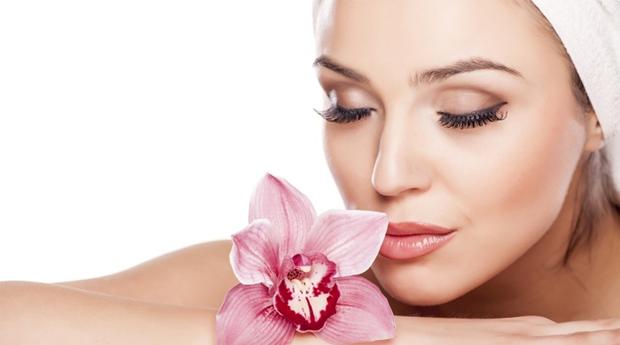 Limpeza de Pele Profunda com Higienização  e Massagem Facial no Restelo!