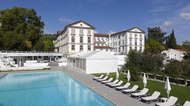 Serra da Estrela, Grande Hotel Caldas da Felgueira -  Noite com Jantar e Massagem!