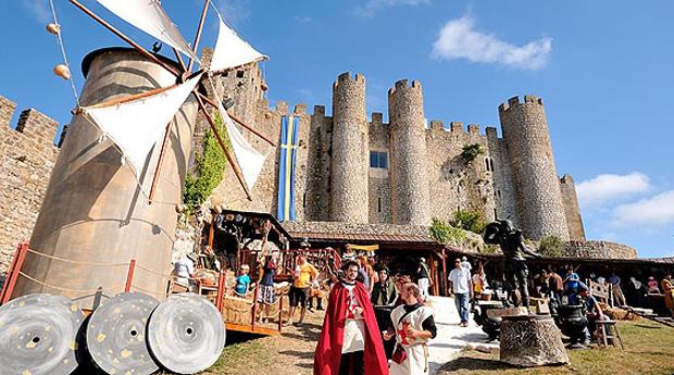 Mercado Medieval de Óbidos -  1 ou 2 Noites com Entradas e Meia Pensão no Caldas Internacional Hotel 3*!