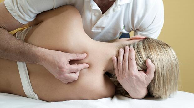 Consulta de Osteopatia com Tratamento em Clínica Médica no Restelo!