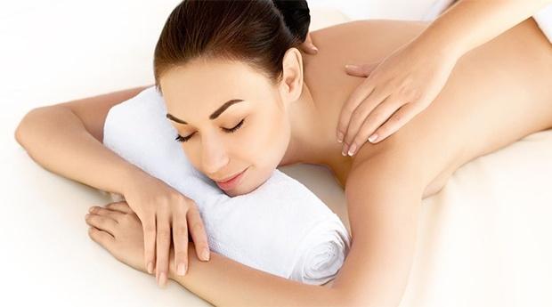 novinha dando massagens relax leiria