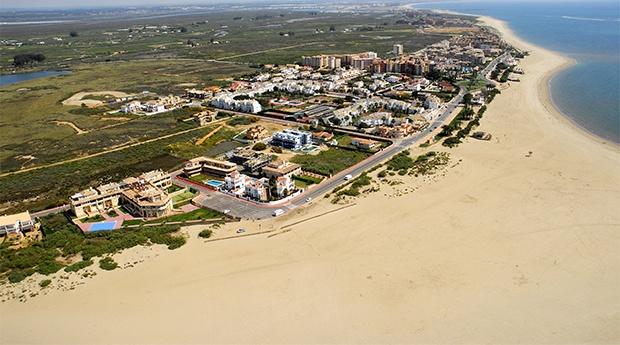 Isla Canela -  Leo Canela -  5 ou 7 Noites em Apartamento para 2 Adultos e 2 Crianças
