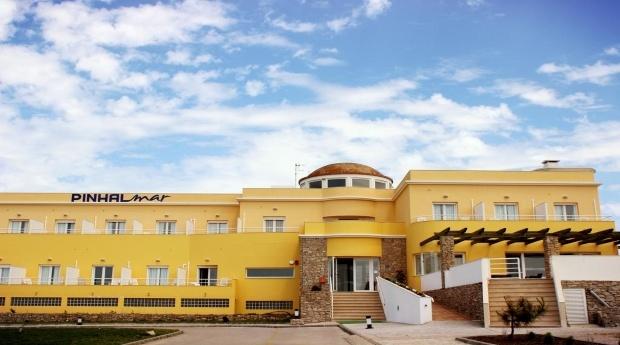 Peniche - Hotel PinhalMar 3* -  Escapada até Baleal e Berlengas!