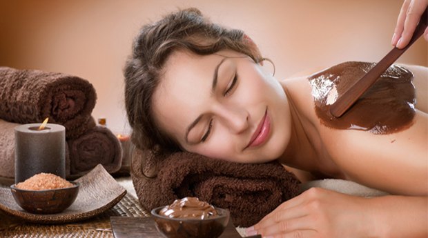 Massagem de Chocolate com Duche! Rende-te!