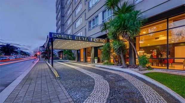 Porto - Belver Beta Porto Hotel 4* -  Estadia Romântica para Dois!