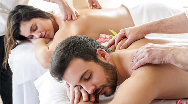 Black Week! Massagem de Casal com Elixir à Escolha!