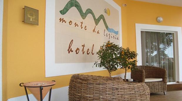 Litoral Alentejano -  Hotel Rural Monte da Leziria com opção de Passeio a Cavalo!