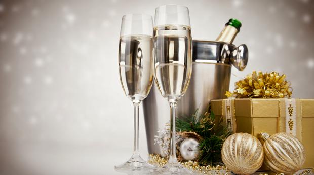 Réveillon no Hotel Douro Scala 5* -  2 Noites com Jantar, Musica ao Vivo, Fogo de Artifício e Brunch de Ano Novo!