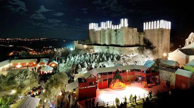 Óbidos Vila Natal no Bom Sucesso Resort 5* -  1 Noite em T1, T2 ou T3 com Entradas na Vila de Natal!