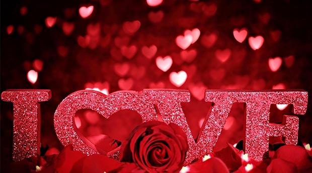 Especial Dia dos Namorados -  Armação de Pêra no Holiday Inn 4* -  2 Noites com Jantar Romântico no Holiday Inn Algarve 4*