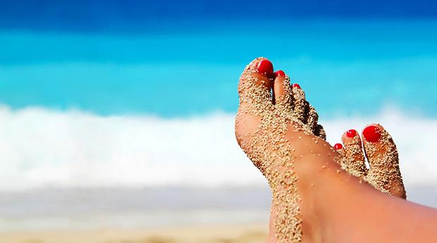Manicure e Pedicure Completas no Campo Pequeno! Dá uma Nova Vida às Tuas Unhas!