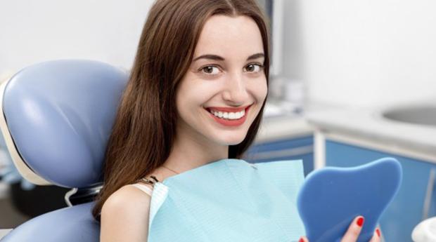 Sorriso Resplandecente! Limpeza Dentária Completa com opção de Branqueamento em Lisboa ou na Amadora!