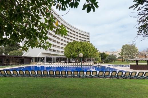 Vilamoura - Hotel Dom Pedro Vilamoura Resort 4*  -  2 noites Programa Zen