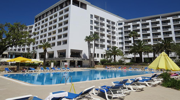 Albufeira - Hotel Alfamar Beach & Sport Resort 4* -  Meia Pensão ou Pensão Completa e Crianças até 2 anos Gratis!
