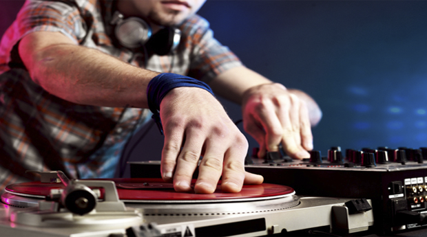 Workshop Técnicas de DJ e Produtor de Música para 1 ou 2 Pessoas!