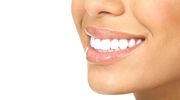 Branqueamento Dentário a Laser! Dá um Novo Brilho ao Teu Sorriso!