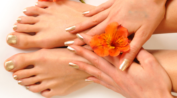 Manicure e Pedicure Completas no Saldanha ou Miraflores!
