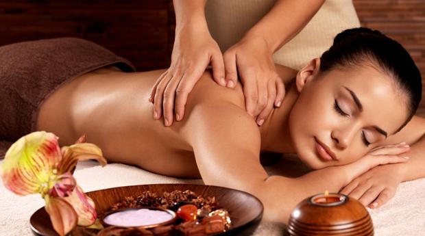Deliciosa Massagem de Relaxamento no Templo de Gaya!