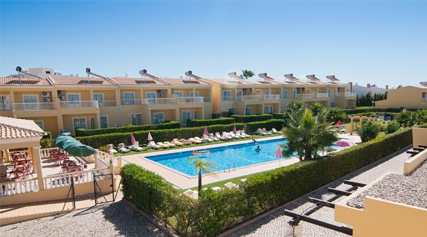Algarve Páscoa -  5 ou 7 Noites para 4 Pessoas no Villas Barrocal!
