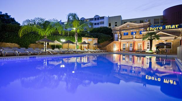 Algarve Férias da Páscoa! 6 Noites para 2 Pessoas nos Apartamentos Turísticos Choromar 3*!