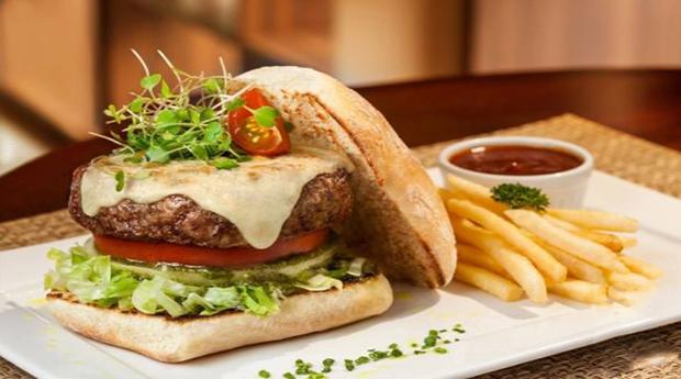 Menu à Escolha para 2 Pessoas no Restaurante Paraíso Tropical Gourmet!