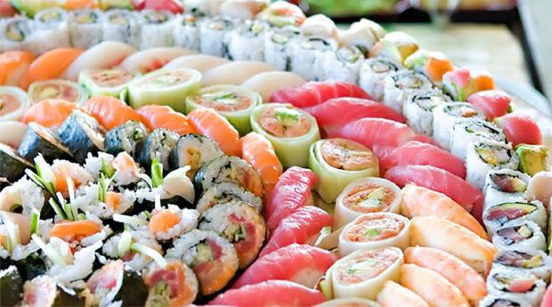 Sushibar Praceta 111 em Gaia -  Menu de Sushi para Dois com Sopas, Entradas, Combinado, Sobremesas e Cafés!