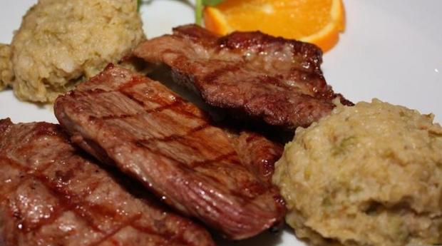 Menu para 2 Pessoas com Secretos de Porco Preto na Avenida da Boavista!
