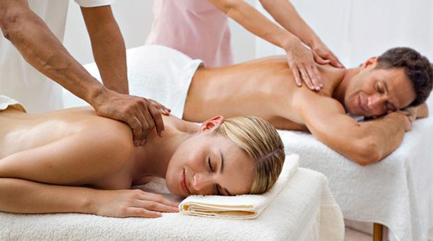 Massagem de Relaxamento para Casal no Porto! 45 Minutos de Puro Prazer e Bem-Estar!