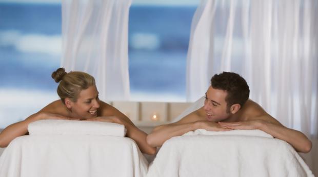 Massagem de Relaxamento de Óleos Essenciais de Chocolate para 1 ou 2 Pessoas em Loures!