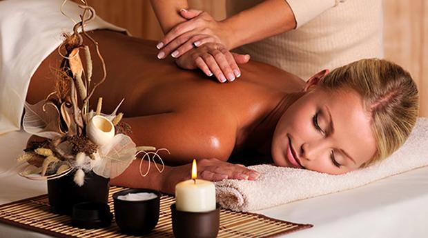Massagem de Pedras Quentes, Óleos ou Bambu e Ritual de Chá, Champanhe ou Vinho do Porto!