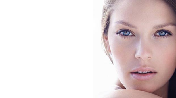 Super Limpeza de Pele com Aromaterapia, Peeling Ultrassónico e Lifting Facial na Boavista!