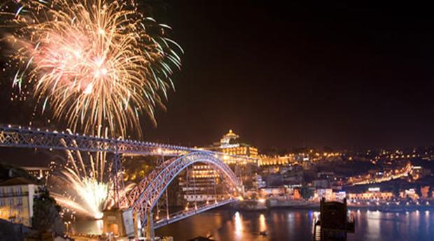Réveillon Cruzeiro e Estadia no Douro -   1 ou 2 Noites em Hotel 4* com Cruzeiro no Douro e Jantar Réveillon!