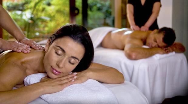Spa a Dois com Massagem à Escolha e Ritual de Chá ou Espumante!