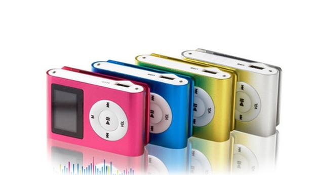 Mini MP3 com Cartão de memória 8 GB, Ecrã LCD e Rádio FM! Disponível em 5 Cores!