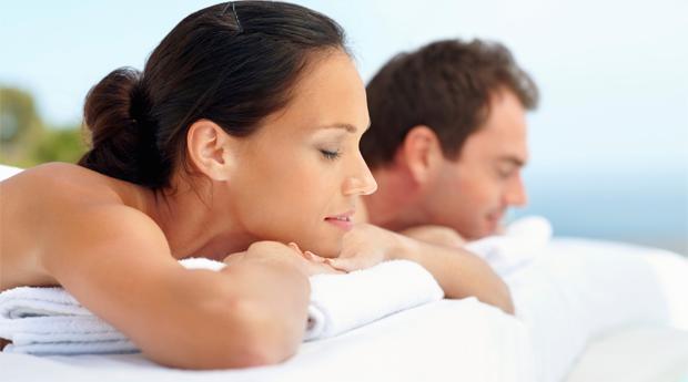 Especial Dia dos Namorados -  Sessão Spa a 2 com Massagem à Escolha e Ritual de Chá ou Espumante em Braga!