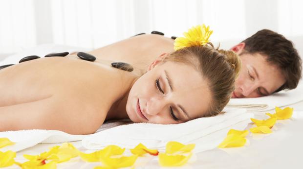 Massagem de Relaxamento para Casal com Mini Facial no Estoril! Ritual de Fondue de Chocolate!