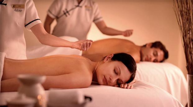 Massagem de Relaxamento Completa com Esfoliação para 1 ou 2 Pessoas em Guimarães!